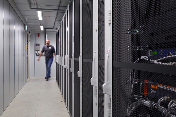 Rittal is nu ook wereldwijd partner en leverancier van IBM op het gebied van computerruimten.